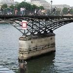 Pont des Arts en París 10